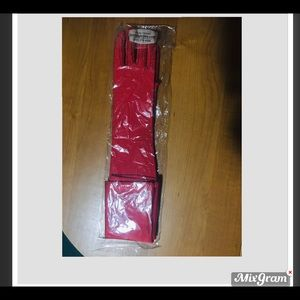 Red Bridal Gloves